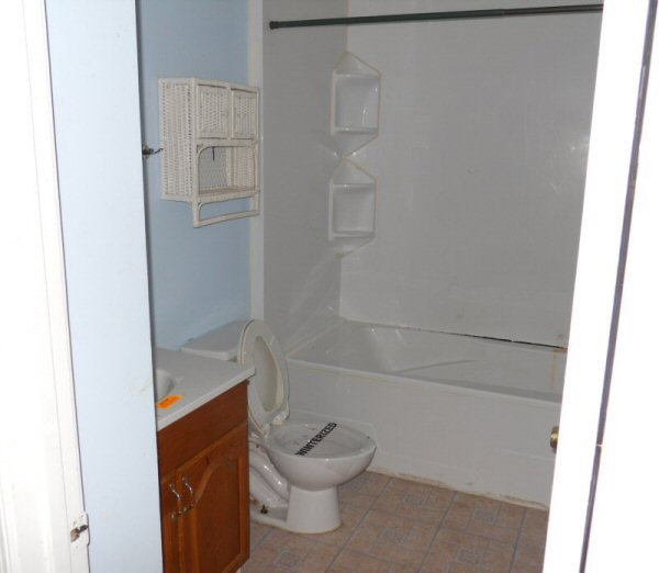 Steve andrews construction inc specializing in commercial for Residential bathroom remodeling